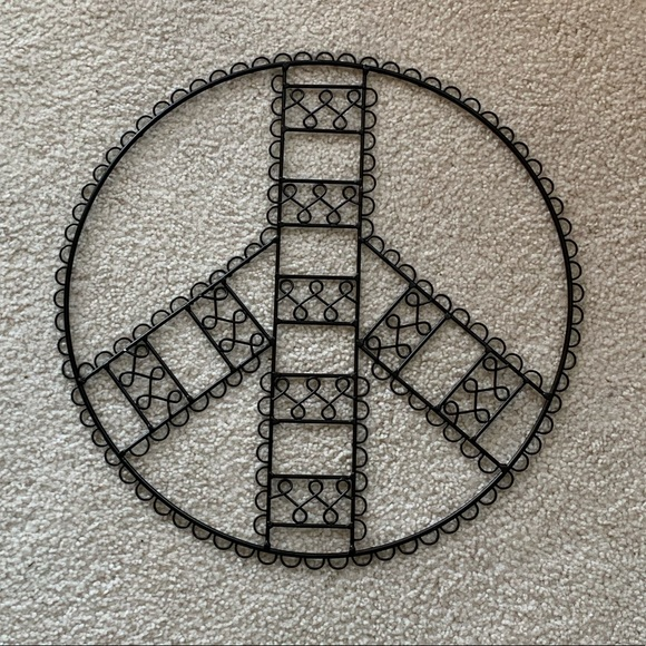 Other - Peace sign picture wall hanging